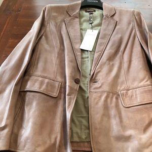 NWT Danier unique Men's Leather Jacket
